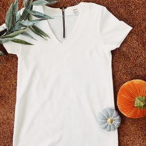 Sans Souci White V-neck Dress